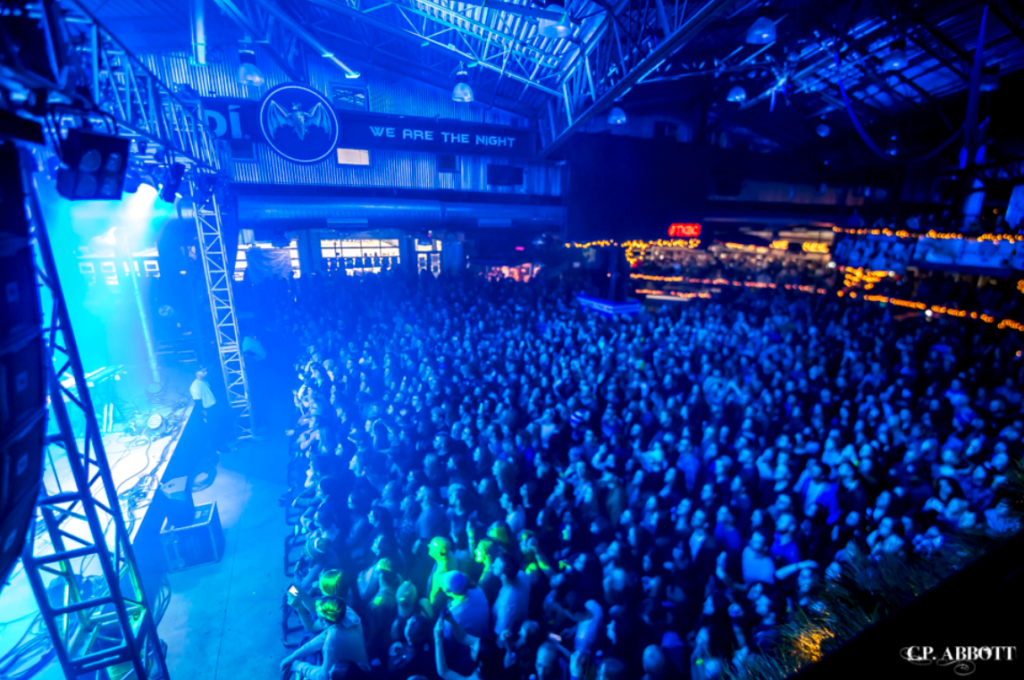 Photo from above at diagonal to audience during concert at Buffalo RiverWorks