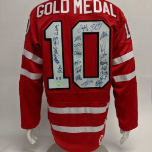 2010 Team Canada 22 Player Team Signed Olympic Gold Medal Hockey Jersey #/10