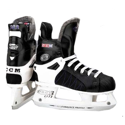 CCM 252 Women's Tacks Hockey Skates